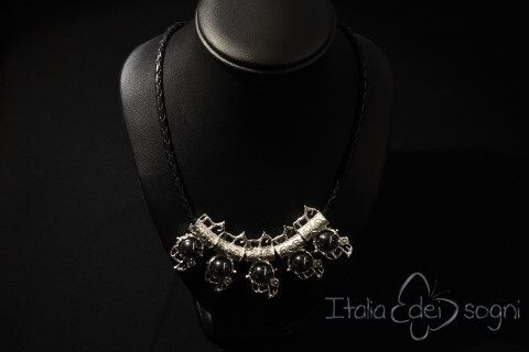 Piceno necklace