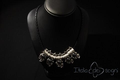 Piceno necklace