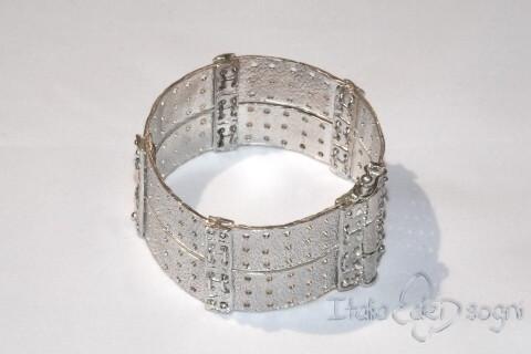 Bracciale Piceno in argento a piastre forate