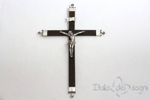 """Kreuz  """"Heliger Christus """""""