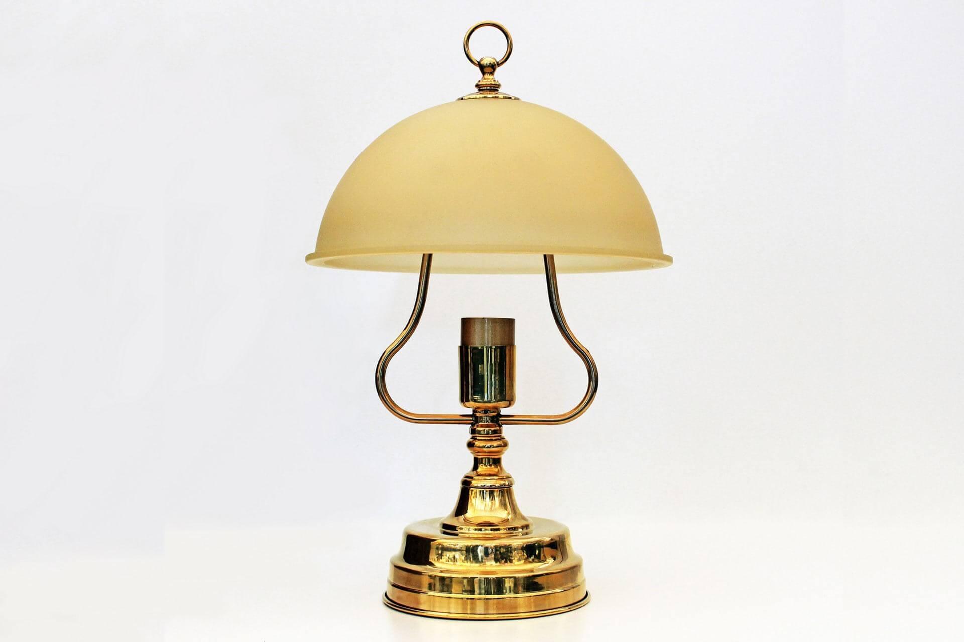 Lampada Da Tavolo Modello Stella Maestra