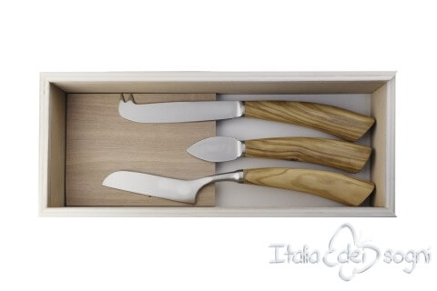 3 piece cheese knives, olive