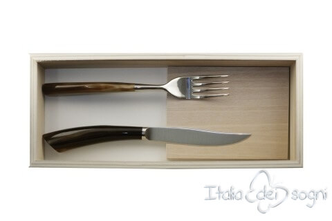 pair of Noble cutlery, ox